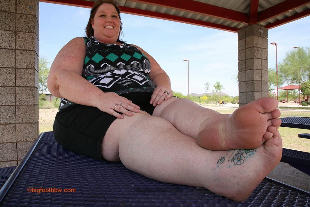 Big Foot Bbw 120